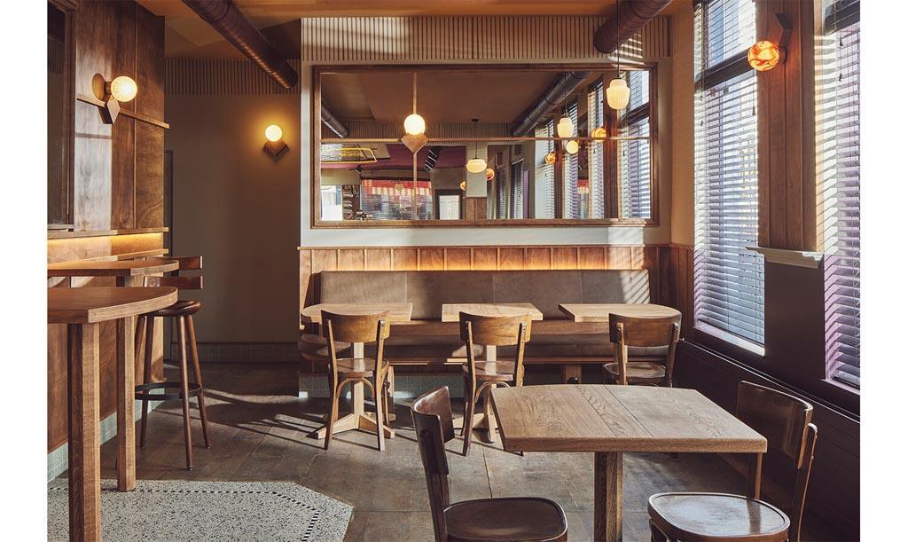Arie Op de Hoek Cafe by Studio Modijefsky