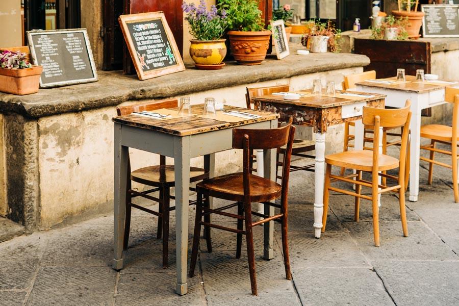 Italian restaurant osteria